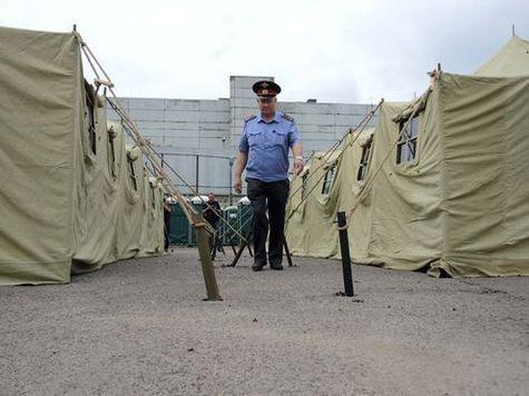 Мигрантов переселят из Гольянова в детские лагеря Подмосковья