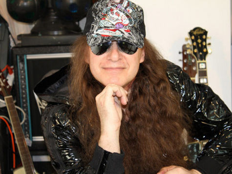 Автор песни «Московский озорной гуляка» поймал за руку «пиратов»