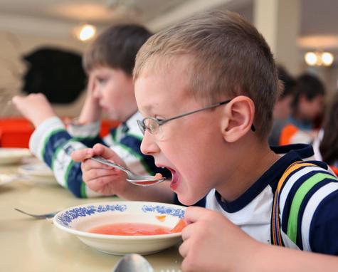 Так чем же кормят наших детей?