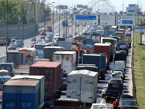 Медведева предупредили о дефиците импортных товаров из-за скандала с таможней