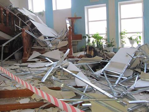 Потолок рухнул на тех, кто должен был за ним следить