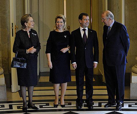 """Бельгийские """"конкуренты"""" поздравили Медведева с победой"""