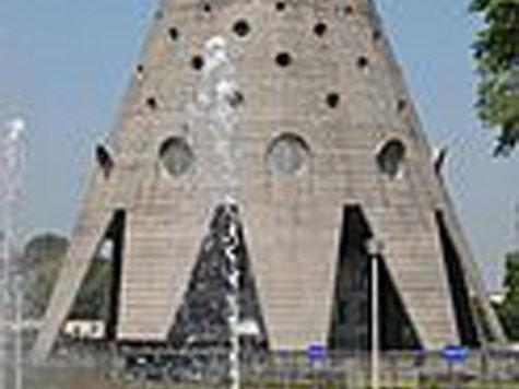 Парк у Останкинской башни станет меняться вместе  со временем года