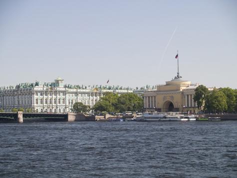 В России появятся три столицы