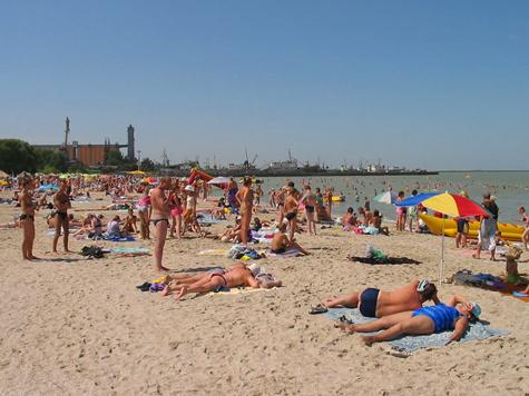 В Подмосковье для купания открыли 12 пляжей