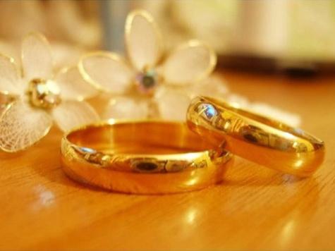 Вопреки слухам самые молодые родители в России жениться не собираются