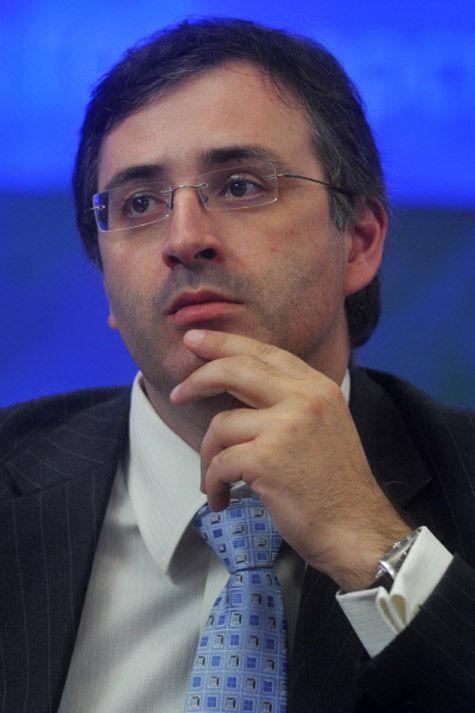 Бывший ректор РЭШ, несмотря на самоотвод, избран в наблюдательный совет главного кредитного учреждения страны