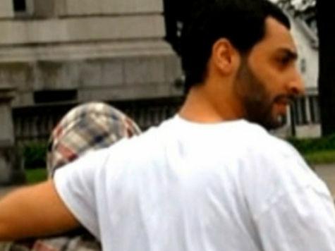 Обвиняемый в бостонском теракте 19-летний парень утверждает, что с ним «все хорошо»