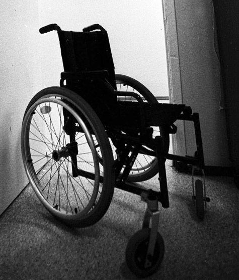 Потенциальных самоубийц не исключат из школы