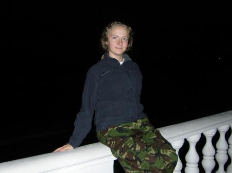 Юная модельер прыгнула с моста на спор?