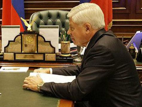 Глава Верховного суда Лебедев вынужден остаться в Гане до 18 сентября