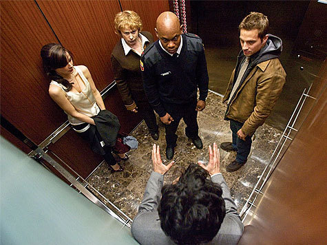 Пять негритят залезли в лифт кататься