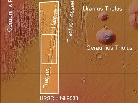 На Марсе замечены странные похожие на земные траншеи. ФОТО