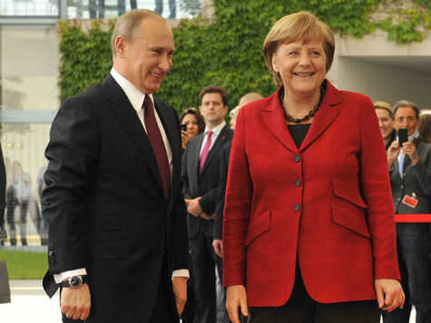 Путин обсудит с Меркель палестино-израильский конфликт