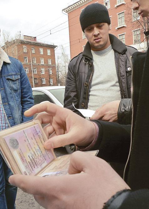 Рейд в Хотькове выявил положение с мигрантами