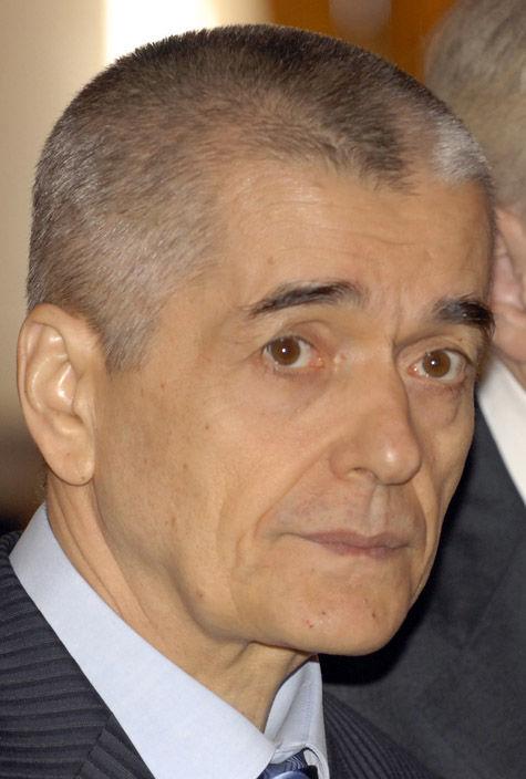 Потребители просят проверить Геннадия Онищенко на соответствие занимаемой должности