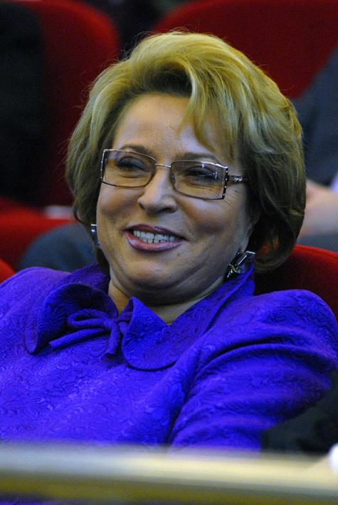 Пока не понятно, какую лазейку в законе найдут для Матвиенко, чтобы сделать  ее спикером СФ