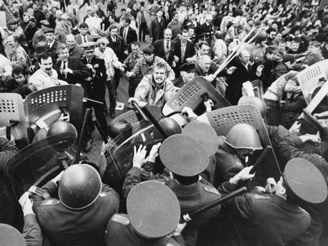 Почему случился «октябрь 93-го» и почему он может повториться снова