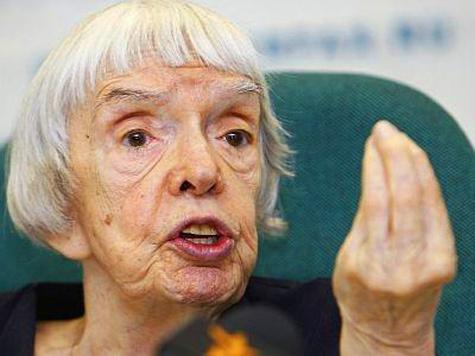 И предупредила белорусские власти: «Кто бабушку Люду обидит, тому несладко придется»