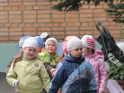 В домашнем детском садике не нашлось места для медика