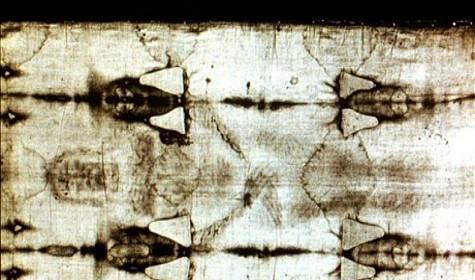 Туринскую плащаницу создал великий Джотто: найдена его подпись