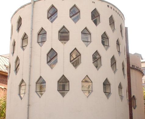 Знаменитый Дом архитектора Мельникова в Кривоарбатском переулке может стать музеем