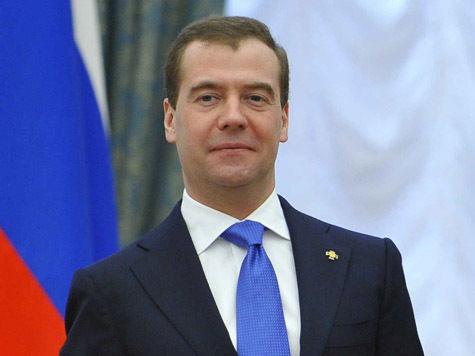 Медведев предложил заменить Кипр на Курилы или Сахалин