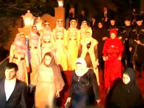 Чеченские модельеры впервые выступили за границей