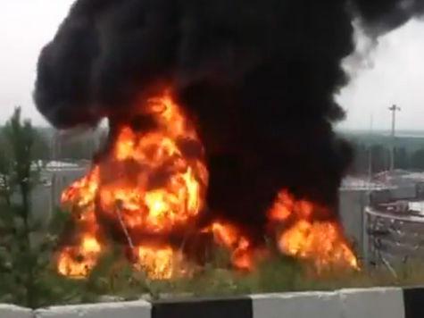 В Приангарье загорелось нефтехранилище