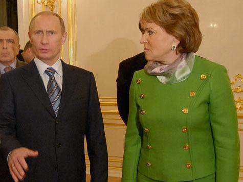Матвиенко предложила Путину обращаться к политэлитам в день парламентаризма