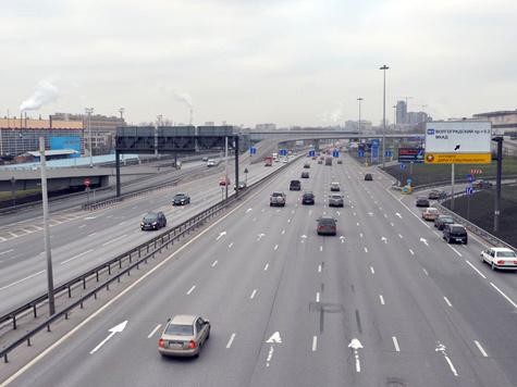Расширить Волгоградский проспект за счет строительства боковых проездов, разворотов и уличных переходов планируют городские власти