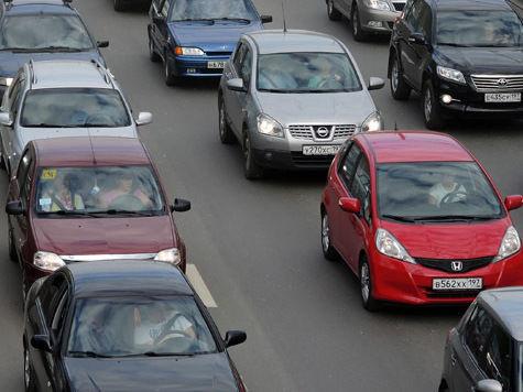 Скорректировать свой маршрут движения 11 июля придется автомобилистам, путь которых пролегает через ж/д переезд Станколит на северо-востоке Москвы