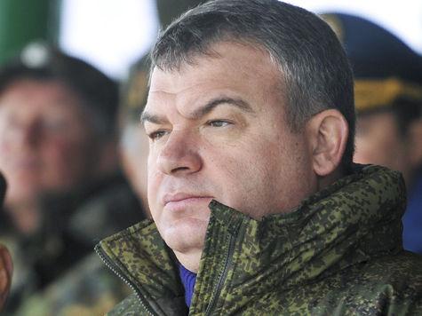Экс—министра обороны вызвали на допрос