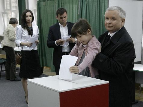 В 6 утра открылись участки для голосования