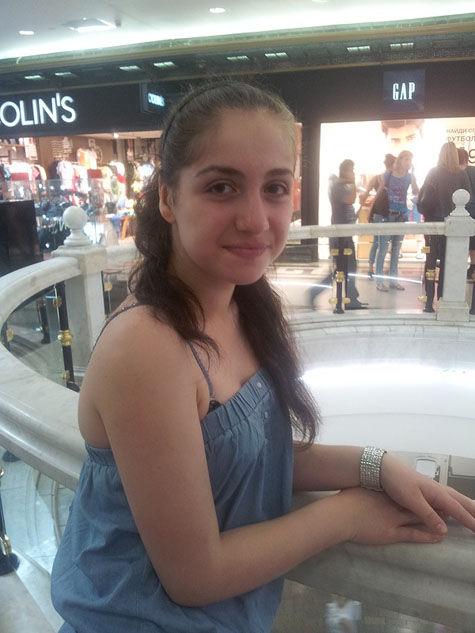 14-летняя Каринэ Степанян, которую искали по всему Таганскому району, осталась ночевать у подруги