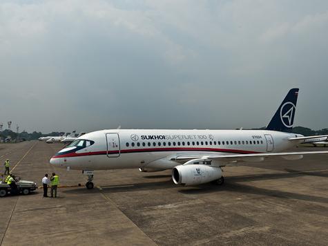 Источник «МК» рассказал о самолете-двойнике и о новой версии катастрофы