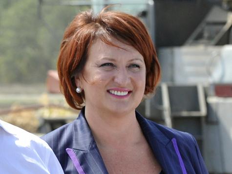 Елена Скрынник обрела счастье материнства в суде