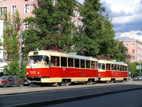 Фанат трамваев убегал от полиции задом наперед