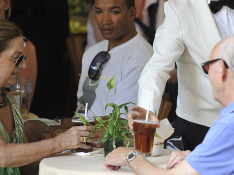 У пожилых гурманов в кафе будет свое меню