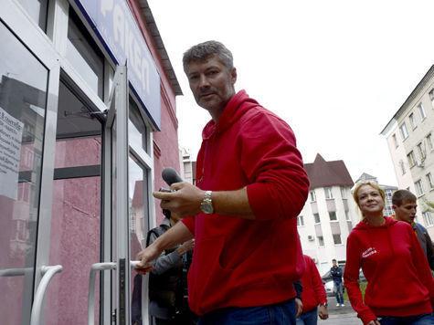 Ройзману в день рождения вручили удостоверение мэра Екатеринбурга