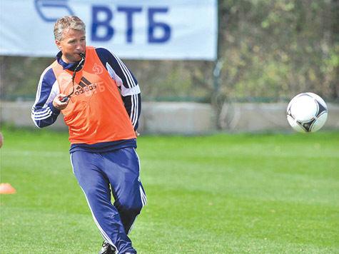 Наш специальный корреспондент Алексей ЛЕБЕДЕВ посетил в Турции сбор футбольного клуба «Динамо»