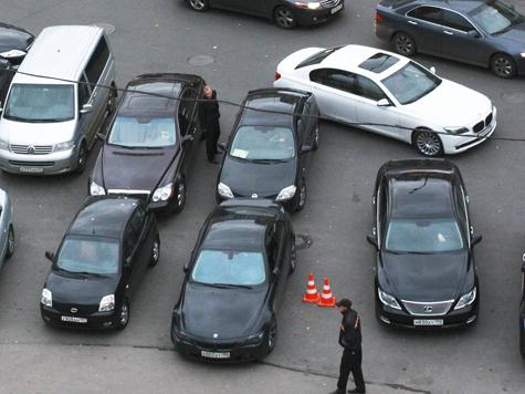 Смартфон найдет свободную парковку в Москве