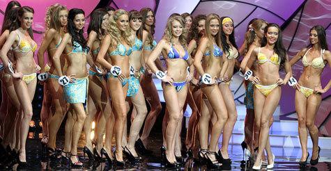 """15-й юбилейный конкурс """"Мисс Москва"""", который состоялся в ночь с четверга на пятницу, поставил рекорд среди конкурсов красоты"""