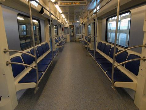 Бегущая строка в вагонах метро будет предупреждать о ЧП