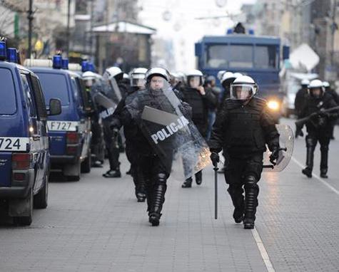 В Польше из-за Евро-2012 силовики устраивают пикеты