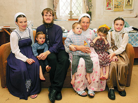 Семья старообрядцев приехала в россию