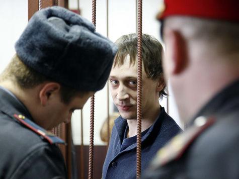 Дмитриченко пожелал Филину здоровья и остался сидеть в СИЗО