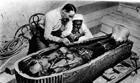 Тутанхамона похоронили в спешке