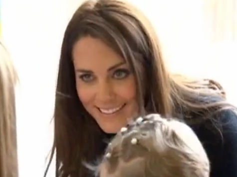 Британцев очень волнует как назовут ребенка принца Уильяма и Кейт – и как его воспитают