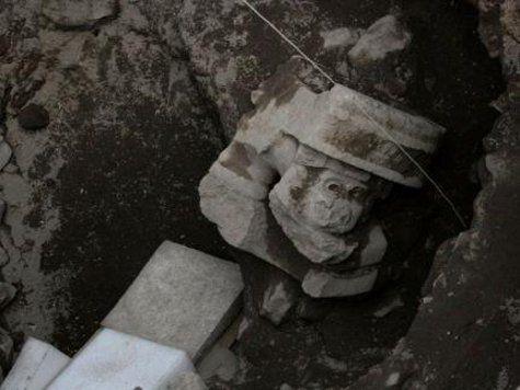 В таинственной пирамиде в Мексике найдено священное изваяние бога огня